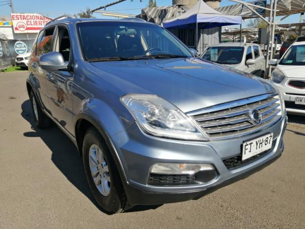 SSANGYONG REXTON 2013 DIESEL FULL EQUIPO